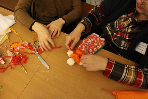Мастер-класс по изготовлению масленичной куклы (6)