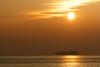 Zon boven Westerschelde (Tom van der Heijden) Tags: vlissingen zonsondergang westerschelde rivier