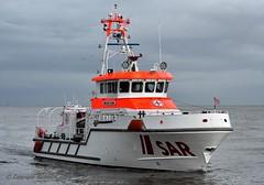 Anneliese Kramer (Bernhard Fuchs) Tags: boat lifeboat nikon rescue sar schiffe search seenotrettung seenotrettungskreuzer ship ships vessel water dgzrs cuxhaven cruiser elbe rettungsboot boot