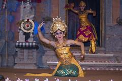 Balinese Legong Dance (Sorento66) Tags: bali dance ubud sony minolta
