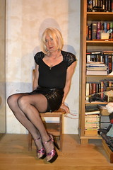 DSC_0019 (magda-liebe) Tags: highheels mini crossdresser french platform tgirl shoes skirt stockings travesti