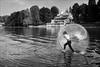 Torino 0500 (malko59) Tags: torino turin biancoenero blackandwhite murazzi po fiumepo poriver sfera camminaresullacqua walkingonwater fujifilm fujifilmx100s