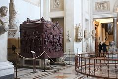 Musei Vaticani (@@@@@ ..ThinkingOfLeavingFl.ickr) Tags: sarcofago di elena porfido rosso antico sarcophagus ancient red porphyry musei vaticani vatican vaticano museums italia italy roma rome