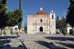 Red dome (Chemose) Tags: mexico mexique église church sanpabloapóstol saintpaul mitla oaxaca hdr canon eos 7d mars march