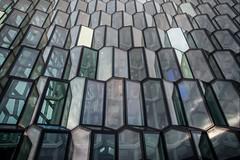 Islande, Reykjavik, 7 (Patrick.Raymond (4M views)) Tags: isalne reykjavik mer hdr nikon ville cité port building