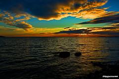 Sonnenuntergang (garzer06) Tags: wolken deutschland vilmnitz lauterbach mecklenburgvorpommern steine inselrügen vorpommern insel wellen rügen wolkenhimmel blau