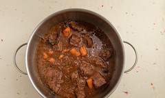 Boeuf en Daube Provenal. (annick vanderschelden) Tags: boeufendaubeprovenal pressurecooker beefstew beef stew daubire casserole coveredcasserole simmered marinating wine flavor ingredients cooker redwine garlic dreidthyme bayleaves tomatopaste anchovyfillets chuck pieces onion blackolives blackpepper carrots parsley bowl belgium boeufendaubeprovençal daubière