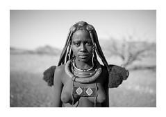 Himba Tribe - Namibia (Vincent Karcher) Tags: vincentkarcherphotography africa art beauty blackandwhite culture documentary himba himbatribe human indigenous kaokoland kuneneriver namibia namibie noiretblanc nomade people portrait project reportage rue seminomad street travel tribal voyage world