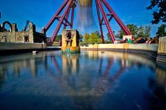 Hansa Park - Die Glocke (www.nbfotos.de) Tags: hansapark dieglocke spiegelung reflection freizeitpark vergnügungspark themepark sierksdorf