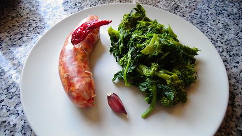 salsiccia sbriciolata e broccoli