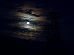 Obligatory Moon shot. (Bohdan Tymo) Tags: moon