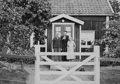 Trion på Torpet (Ken-Zan) Tags: trio scanned people vintage torp edeby helgarö sörmland