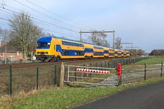 NSR 7637 @ Hattemerbroek (Sicco Dierdorp) Tags: ns nsr reizigers ddz serie7600 veluwelijn zwolle hattem hattemerbroek wezep veluwe amersfoort