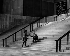 Made You Look (RW Sinclair) Tags: 2018 3524 35mm carlzeiss chicago dr february flektogon il ilce ilce7m2 illinois jena mc sony winter zeiss a7 a7ii carlzeissjena digital f24 mk2 multicoated vintage street streetphotography steps stairs blackandwhite bnw bw monochrome women woman girl selfie museum shadow