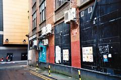 Glasgow (056) (romain@pola620) Tags: lomo lomography analog analogue analogique argentique arkham gotham glasgow dark urban town old city decay derelict neglected low lowfi ultramax kodak 400 400iso 35mm lca film pellicule écosse scotland uk royaumeuni road street gothique gothic