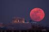 Super Blue Moon rising over the Acropolis of Athens (belas62) Tags: moonrise moon athens greece parthenon thephotographersephemeris ngc ακρόπολη πανσέληνοσ σελήνη παρθενών building supermoon υπερπανσέληνοσ sky landscape
