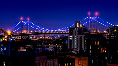 New York (rod_sagastume) Tags: rbsfotografo rodrigobarrerasagastume bridges newyork newyorkcity nyc visitnyc nycatnight nightphotography brooklynbridge nyclive randommagazines ilovenewyork iheartnewyork newyorkatnight rooftops newyorkcityroofs newyorkcitybuildings nightowl streetphotography nikond7100 nikon nikonartists colorscometoplayatnight colorsoftheworld citylights longexposure largaexposicion longexposurephotography