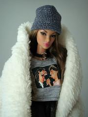 Prestige Natalia Fatale (Deejay Bafaroy) Tags: fashion royalty fr fr2 integrity toys it prestige natalia fatale doll puppe barbie portrait porträt outfit dollsalive cap mütze