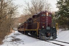 NH&I 8218 @ Lahaska, PA (Dan A. Davis) Tags: newhopeivyland newhopeandivylandrailroad nhi gp9u northpoleexpress passengertrain train locomotive newhope lahaska pa pennsylvania buckscounty