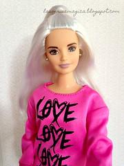 selfie_Alba (LaSonrisaMagica) Tags: barbie barbiedoll barbiefashionistas barbie2018 barbiecurvy curvydoll curvy lasonrisamagica love whitehair peloblanco