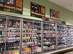 Juice (and prepared fruit packs) (l_dawg2000) Tags: 2017 2017remodel bakery dairy delicatesen floraldepartment food formergreenhousestore freshandlocal grocery grocerystore kroger localflair millington pharmacy tennessee tn unitedstates usa