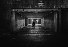 Selffy à Créteil :-)))))) (william 73) Tags: 17mm f18 omd em10 mk2 france créteil urbain olympus nb bw parking sombre souterrain