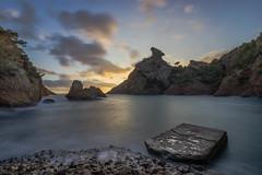 IMG_7244 (aochlesia13) Tags: calanques figuerolles laciotat provence méditerranée mer couché de soleil sunset roche ambiance filtre nd400 canon eos eos80d 1018mm eau ciel baie paysage rivage nd400filter