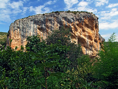 The crag above Alquezar (Vid Pogacnik) Tags: spain huesca alquezar crag rock outdoors