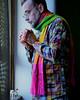 To drive the cold winter away (Colombaie) Tags: ritratto autoritratto io uomo maschio colore colorato inverno freddo guardare fuori finestra thè tea tazza camicia quadretti sciarpa colori colorata regali natale davanzale gromit solare quadri roma sanlorenzo life