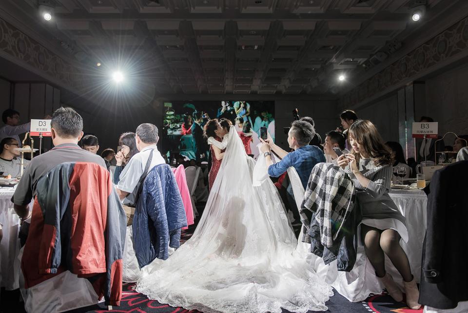 婚攝 高雄林皇宮 婚宴 時尚氣質新娘現身 S & R 122