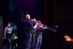 DSC_4073 (mifranc91) Tags: concert coulisses d700 lumières nikon scène spectacle troupe zicos