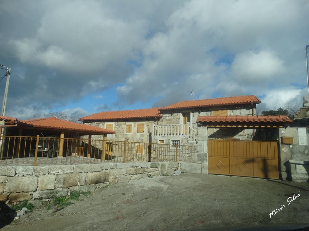 Águas Frias (Chaves) - ... uma casa (renovada) na Aldeia ...