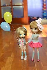 Azuki & Amai (-gigina-) Tags: doll pullip azuki amai cute dal obitsu rewigged rechipped sfoglia vocaloid rin balloon