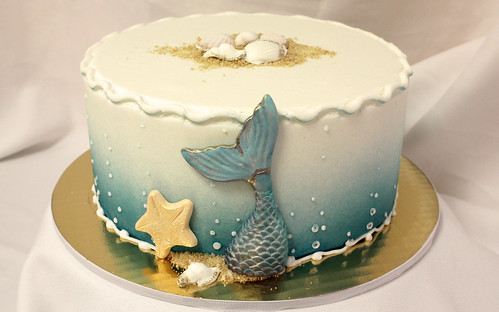 Mermaid Sea Shell Cake