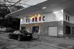 Repostando,si puedo'' (slater665) Tags: retro gasolineras bruc montserrat vintage bmw m3 old e36 car coche auto carretera