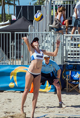 Match 53: Round of 24: USA vs. Russia (cmfgu) Tags: craigfildesfineartamericacom fédérationinternationaledevolleyball internationalfederationofvolleyball fivb swatchfivbbeachvolleyballmajorseries worldtour fortlauderdale ftlauderdale browardcounty florida fl usa unitedstatesofamerica beach volleyball tournament professional sun sand tan athlete athletics ball net court set match game sports outdoors ocean palmtrees women woman bikini rus russia россия kellyclaes