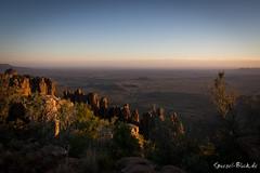 "ZA - Valley of desolation (Ineound) Tags: southafrica südafrika olympus1250mmf3563 olympusm1250mmf3563 f3563 mzd1250 mzuikodigitaled1250mmf3563ez olympus1250mm 1250 1250mm makro macro olympus micro four thirds mft m43 microfourthirds omd em5 μ43 ""spiegelblickde"" spiegelblickde spiegel blick landscape landschaft natur nature graaff reinet sunset sonnenuntergang dawn sonne sun"