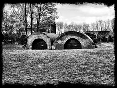 The Old Lime Kilns at Spike Island, Widnes. (Ron Brett) Tags: widnes spikeisland thecaves limekilns