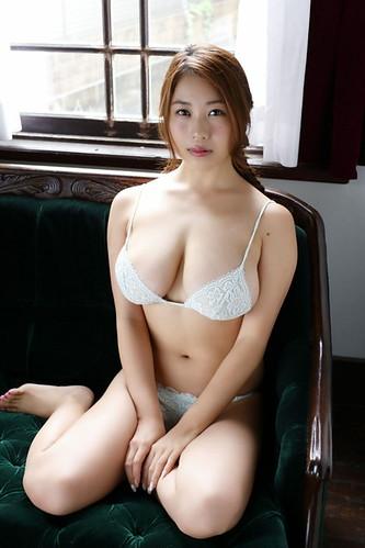西田麻衣 画像15