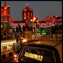 Republic Day Illumination : Mumbai 26 January 2018 (indianature13) Tags: republicdayindia2018 26january mumbai illumination maharashtra india indiarepublicday lighting publicillumination cstm bmc mcgm unescoworldheritagesite cstmumbai vtstation centralrailway indianrailways indianature bombay