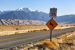 Speed limit 35 (erichudson78) Tags: usa colorado greatsanddunesnationalpark canoneos6d nature landscape paysage canonef24105mmf4lisusm panneau route road montagne mountain ciel sky panneauindicateur 7dwf sign