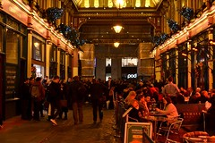 2017-12-20: Lunchtime Drinking (psyxjaw) Tags: london londonist cityoflondon city lunch december leadenhall market christmas decoration trees bar pub drink drinkers