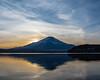 Fuji sunset view at Lake Yamanaka (shinichiro*@OSAKA) Tags: 南都留郡 山梨県 日本 jp 20180107ds51529 2018 crazyshin nikond4s afsnikkor2470mmf28ged january winter fuji lakeyamanaka 25756085088 candidate