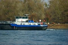TMS EILTANK 18 (Lutz Blohm) Tags: tmseiltank18 tankschiff fluskilometer410 binnenschiffe binnenschifffahrt rheinschifffahrt rhein gütermotorschiff fe70300goss sonyalpha7aii