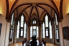 Astorga (León). Palacio Episcopal de Antonio Gaudí (santi abella) Tags: astorga león castillayleón españa palacioepiscopaldeastorga antoniogaudí arquitecturamodernista