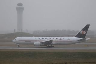 Boeing 767-33A(ER)(BDSF) - Boone County, Kentucky, USA - December 24, 2017