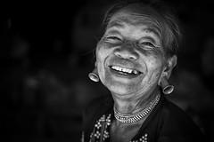Lahu Woman (♥siebe ©) Tags: 2018 baantongluang chiangmai siebebaardafotografie thai thailand hilltribe hilltribesvillage portrait wwwsiebebaardafotografienl lahu earrings เชียงใหม่ ไทย ประเทศไทย เมืองไทย รูปคน smile ลาหู่
