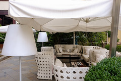 Outdoor patio (A. Wee) Tags: milano lombardia italy it milan 米兰 意大利 crowneplaza hotel 酒店 皇冠假日