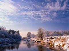 Winter landscape (fotoswietokrzyskie) Tags: sky water tree river snow field mamiya645pro kodak ektar100 analog film medium format landscape winter