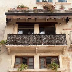 Old balcony (Navi-Gator) Tags: balcony italy architecture verona